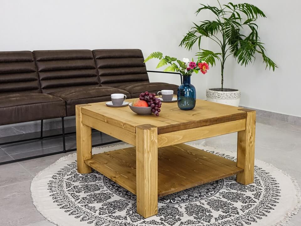 Drewniany stolik kawowy Sara 1