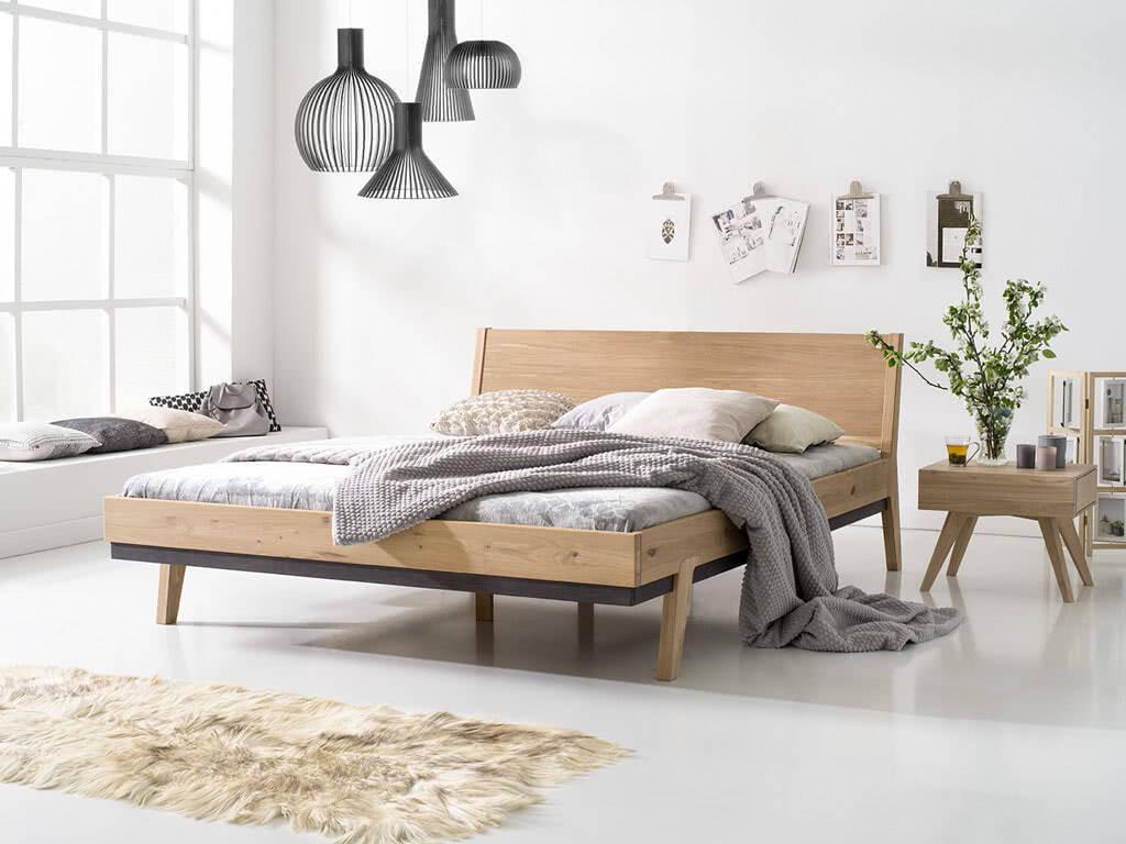 Nowoczesne łóżko z drewna dębowego