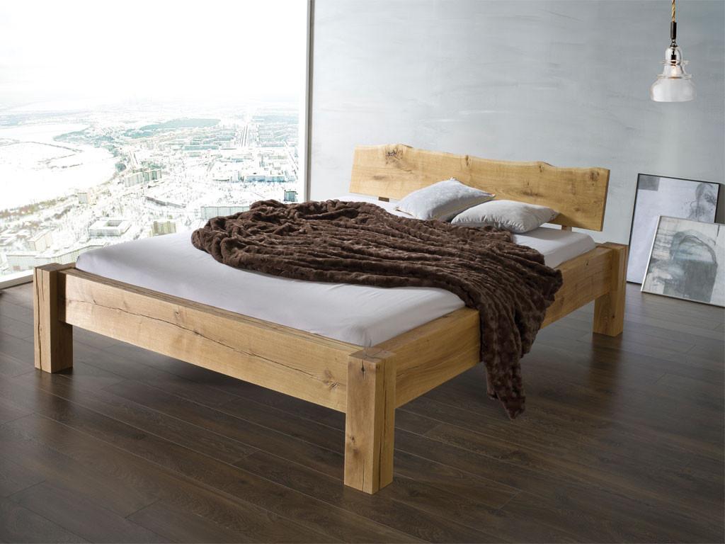 Łóżko z litego drewna dębowego w stylu rustykalnym