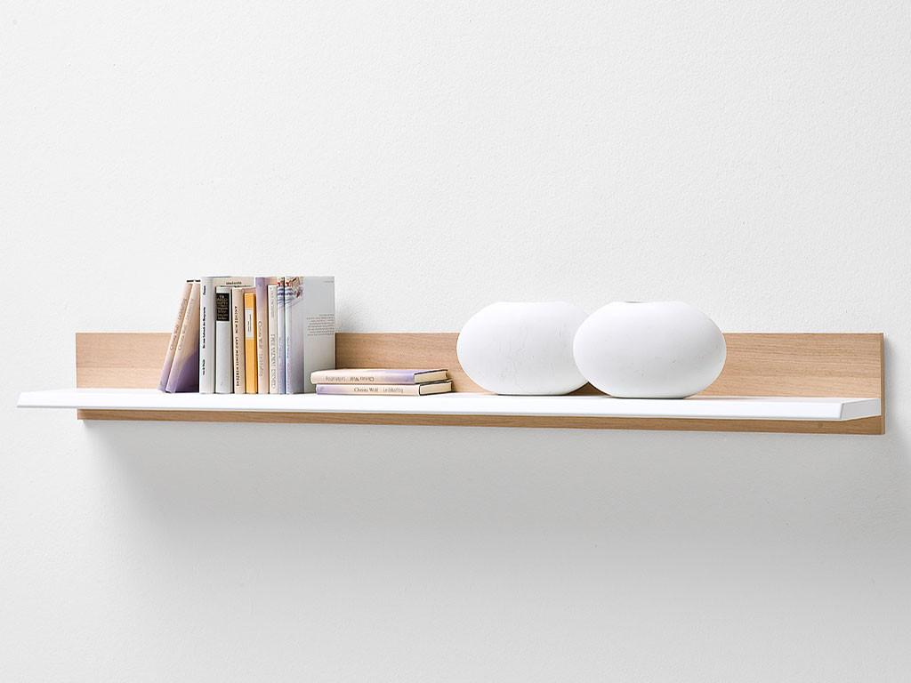 Biała półka drewniana