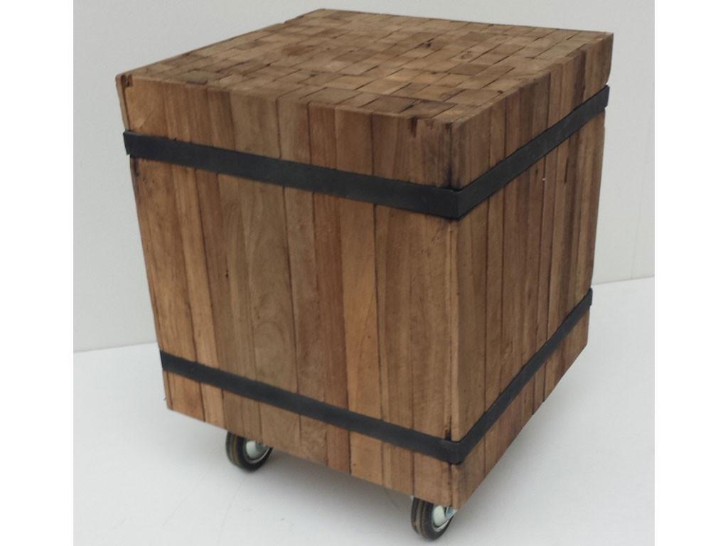Mały stolik z drewna teakowego This & That 6