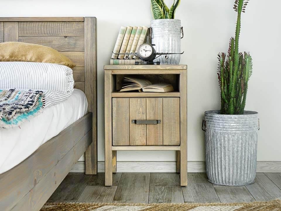 szafka nocna drewniana w stylu boho