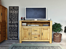 drewniana szafka RTV do salonu