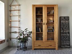 witryna, regał drewniany na książki
