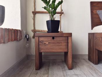 szafka nocna z drewna
