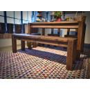 piękna ławka z drewna