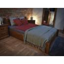 duże łóżko rustykalne