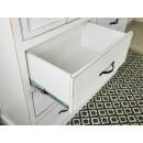 biała szafa sosnowa szuflada