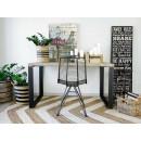 biurko z sosnowym blatem