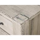 biurko z drewna detal