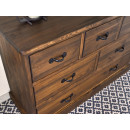 drewniana komoda szuflady