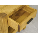 drewniana szafka do sypialni