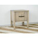 drewniana szafka nocna do sypialni