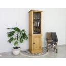 drewniana witryna loft wąska