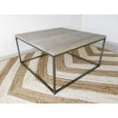 drewniany stolik w stylu loft