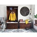 garderoba z drewna