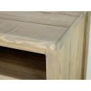 kąt blatu szafki drewnianej