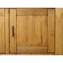 kredens z drewna w nowoczesnym stylu