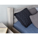 drewniane łóżko rustykalne