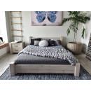 masywne łóżko rustykalne