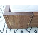łóżko drewniane noga