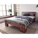 piekne łóżko do sypialni