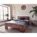 łóżko do drewnianej sypialni