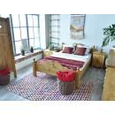 Łóżko z drewna