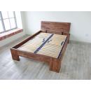 łóżko z prawdziwego drewna