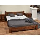 rustykalne łózko drewniane
