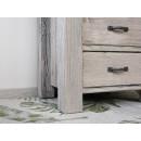 noga biurka drewnianego
