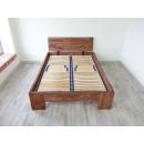 podwójne łóżko drewniane