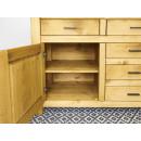 solidna komoda z drewna do sypialni