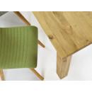 stół drewniany zbliżenie