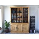 drewniana witryna do salonu