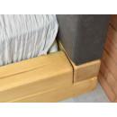 zbliżenie łózko drewniane