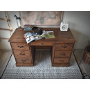biurko z litego drewna