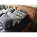 rustykalne łóżko