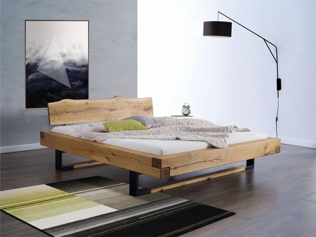 łóżko dębowe drewniane