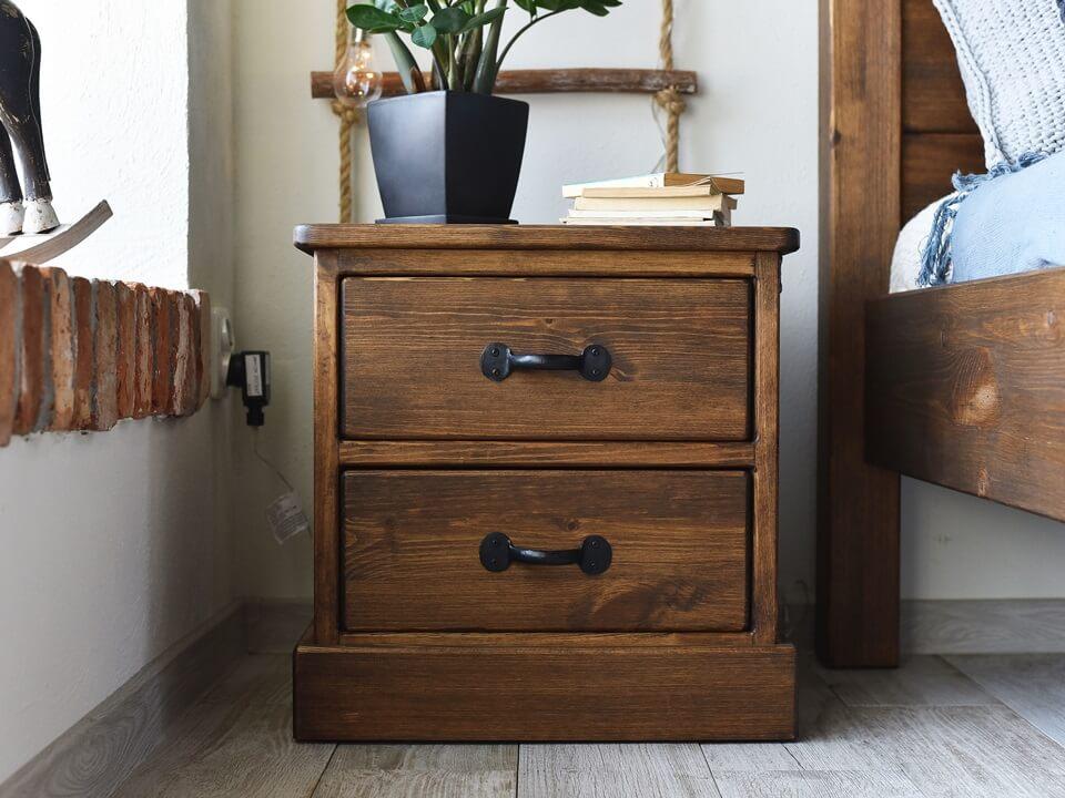 szafka nocna drewniana