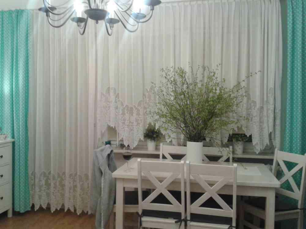 Salon w turkusie i bieli - Małgorzata Kaszewska