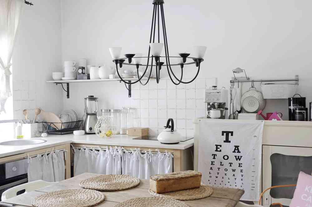 Kuchnia światłem malowana - Piotr Mirek