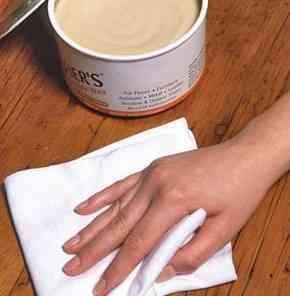 Jak woskować meble