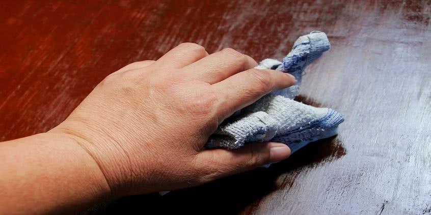 olejowanie mebli drewnianych