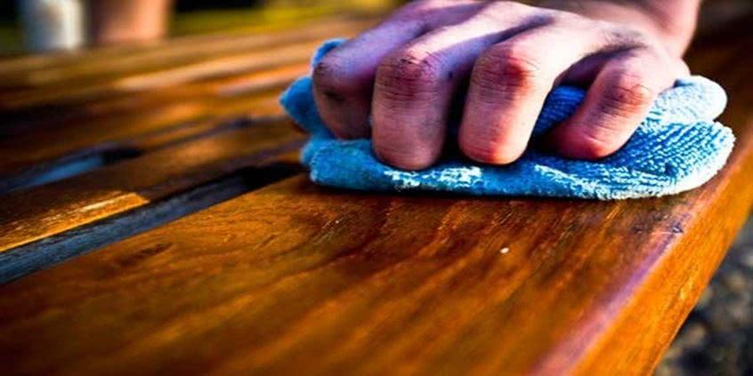 Produkty spożywcze do czyszczenia i pielęgnacji drewnianych mebli