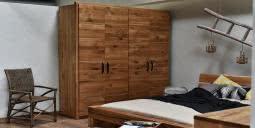 meble drewniane, meble z litego drewna, seart, meble na zamówienie, szafy, komody, szafy do sypialni, drewniane szafy
