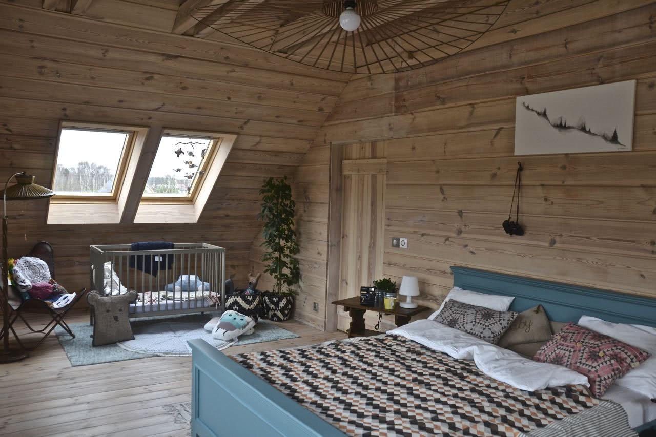 Charlotte łóżko z drewna