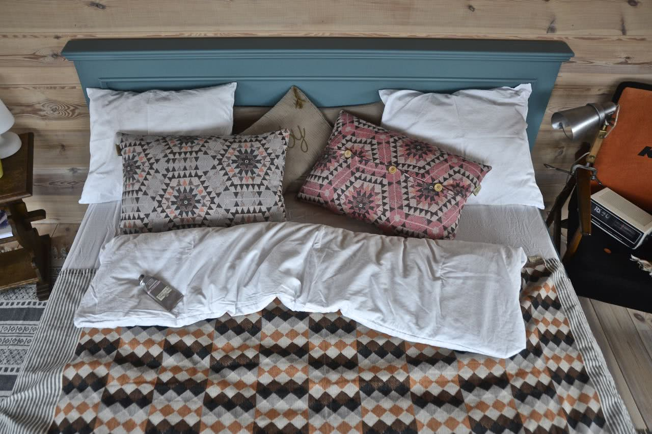 Łóżko drewniane Seart
